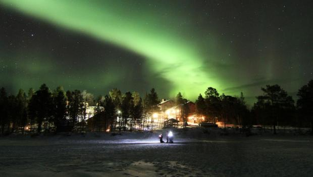 Menesjärvi New Year Northern Lights Adventure